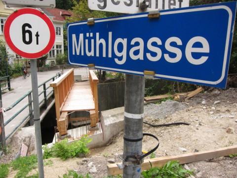 Der - kleinere - Teil der Brücke über den Mödlingbach