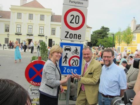 Eröffnung der Begegnungszone mit LR.in Mag.a. Schwarz und BM Hintner
